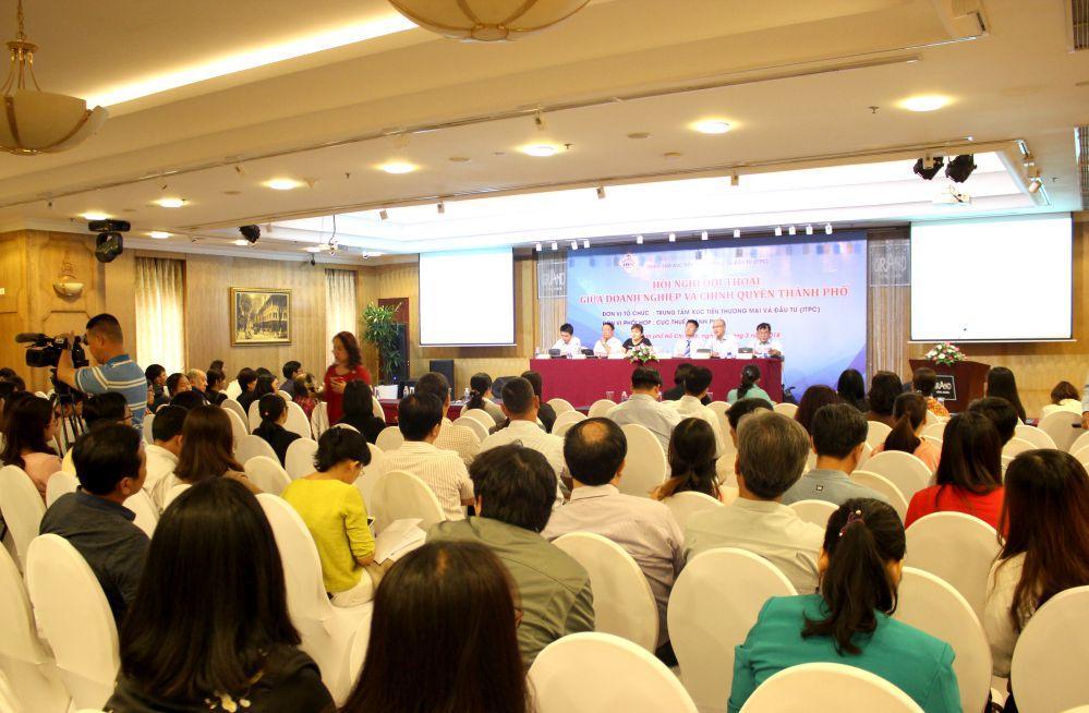 Nhiều doanh nghiệp, tổ chức đã tham gia Hội nghị đối thoại về thuế và hóa đơn điện tử